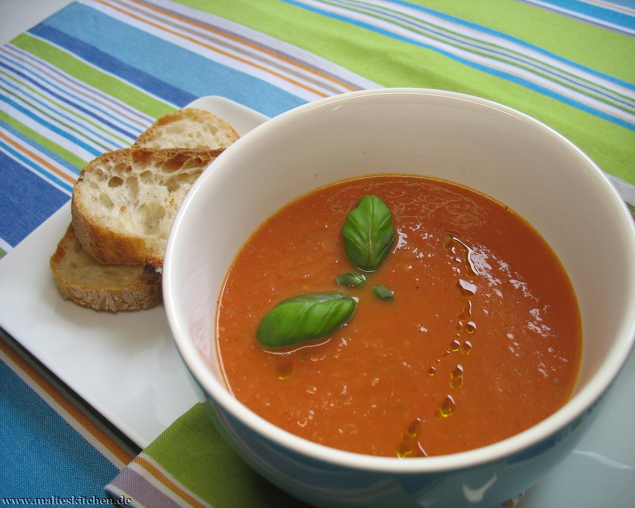 frische tomatensuppe nach jamie oliver. Black Bedroom Furniture Sets. Home Design Ideas