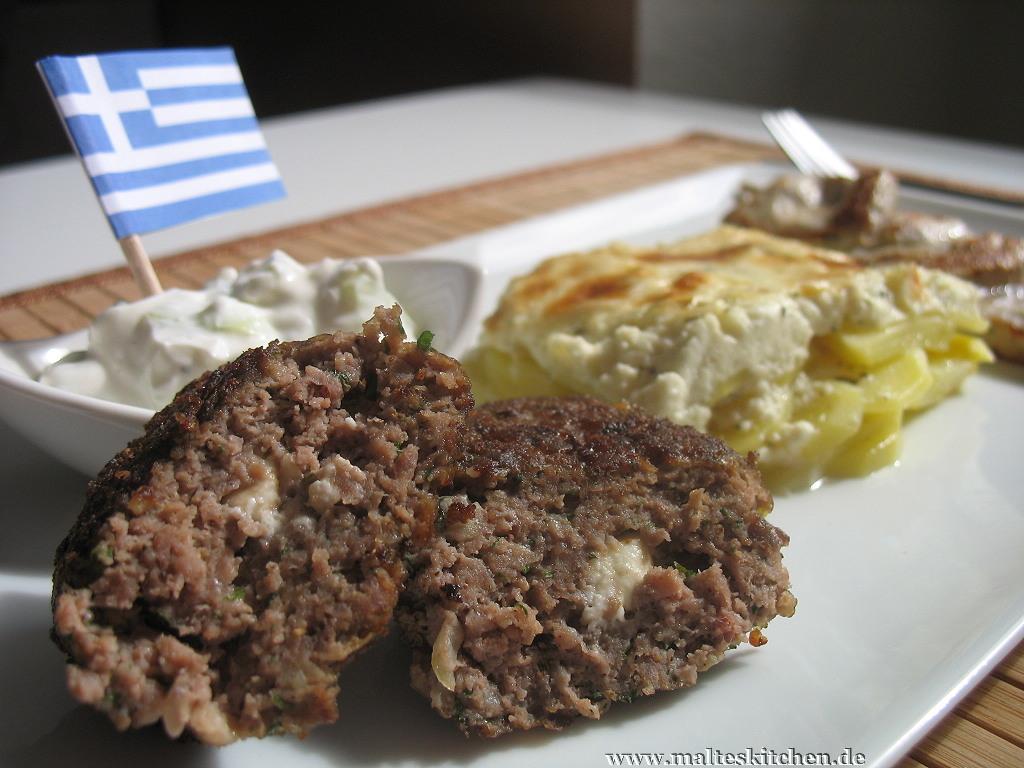Bifteki gehört zum Standard-Programm, wenn ich beim Griechen essen gehe.