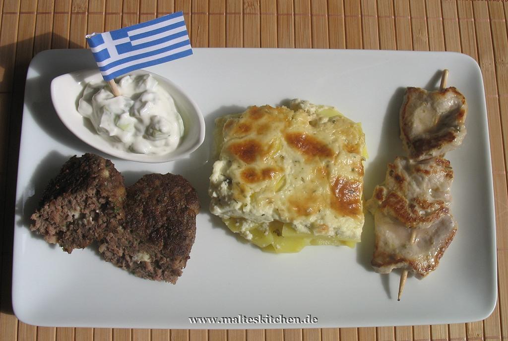Mein griechisches EM Menü - Souvlaki, Bifteki, Zaziki und Kartoffeln nach kretischer Art