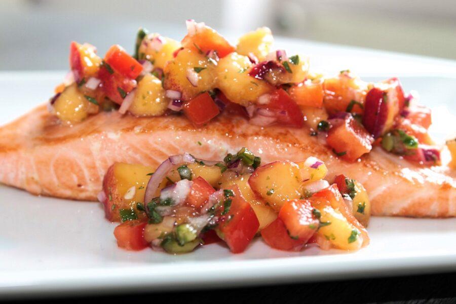Rezept für eine fruchtige Nektarinen-Salsa