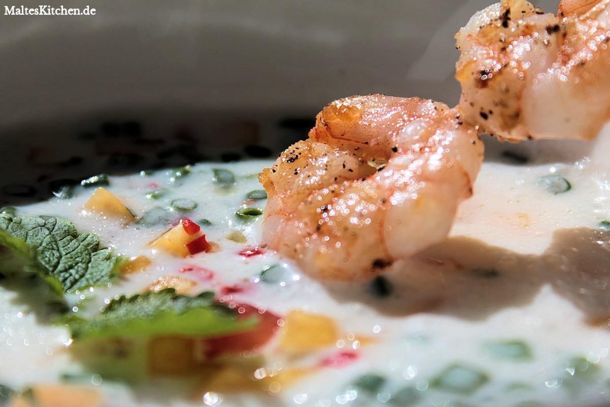 Rezept scharfe Joghurt-Suppe mit Garnelen