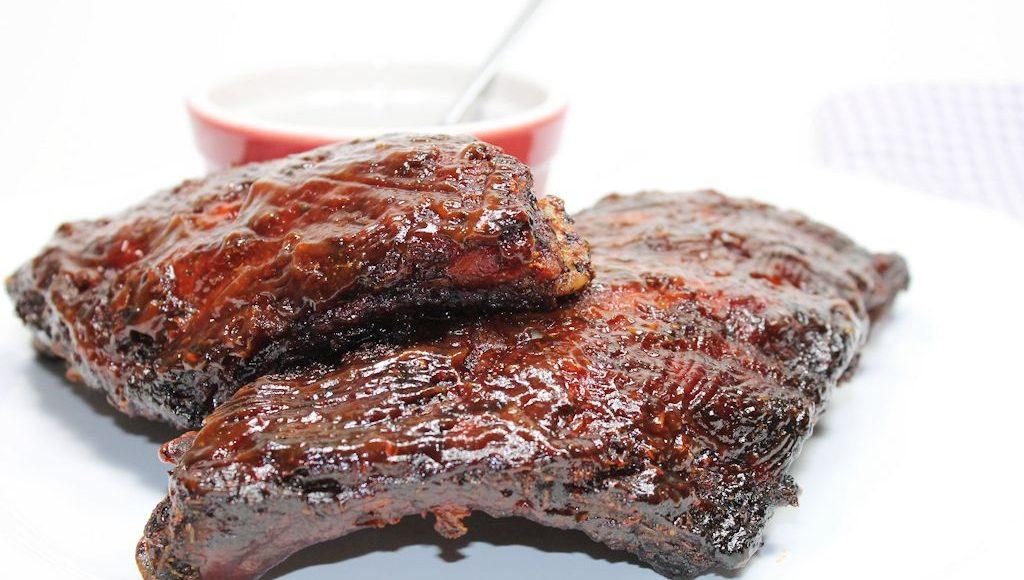 Spareribs Grillen Gasgrill Dauer : Spare ribs vom grill mit süß saurer barbecue sauce