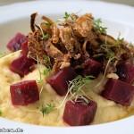 Rote Bete Salat mit Sellerie-Püree nach Frank Rosin