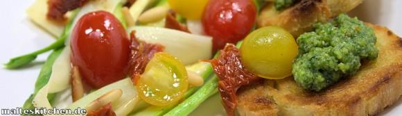 Rezept für einen Spargelsalat mit Pesto