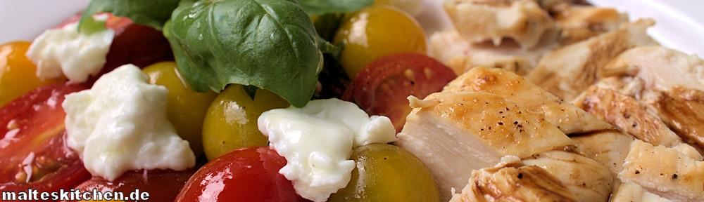 Tomatensalat mit Hähnchen