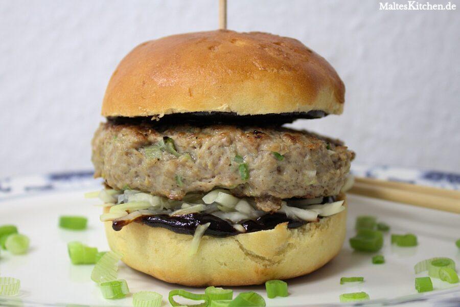 Schweinehackfleisch Burger mit Hoisin-Sauce