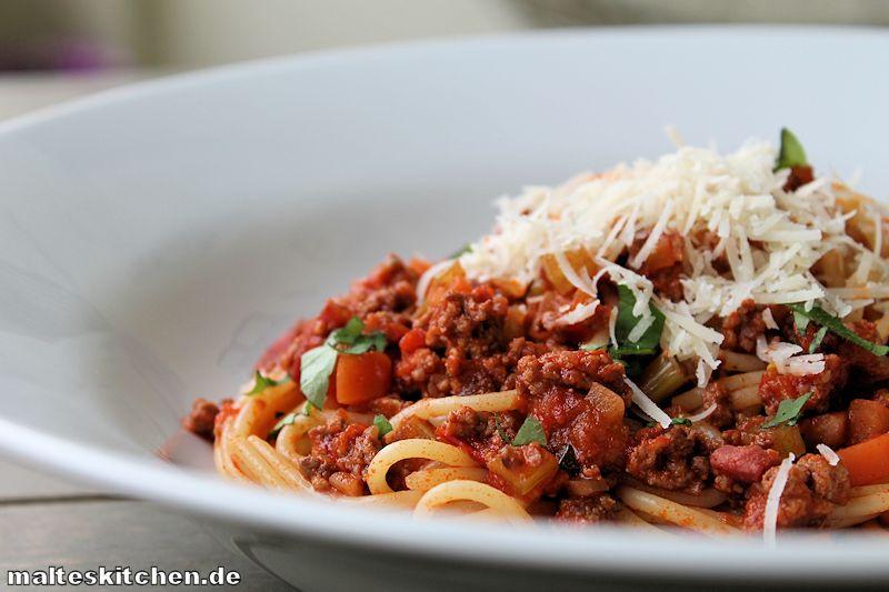 Spaghetti Bolognese mit Rotwein gekocht