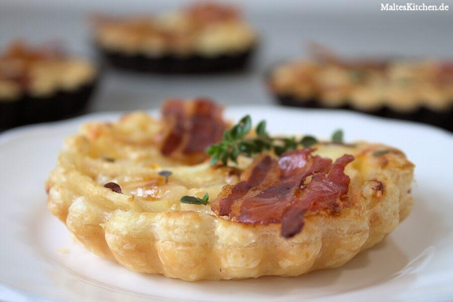 Rezept für eine Birnen-tarte mit Knusperspeck und Gorgonzola