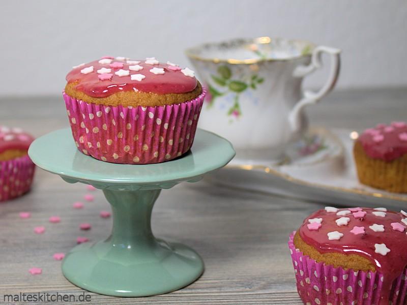 Sehr hübsch und sehr lecker sind die Erdnussbutter-Muffins