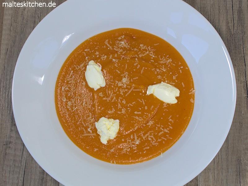 Kürbissuppe mit Mascarpone