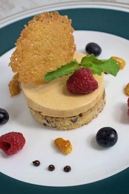 Ein festliches dessert muss hübsch aussehen.