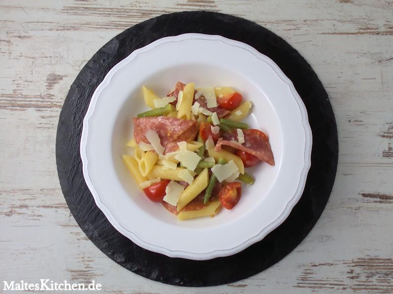 Eine schnelle und schmackhafte Pasta mit Fenchelsalami