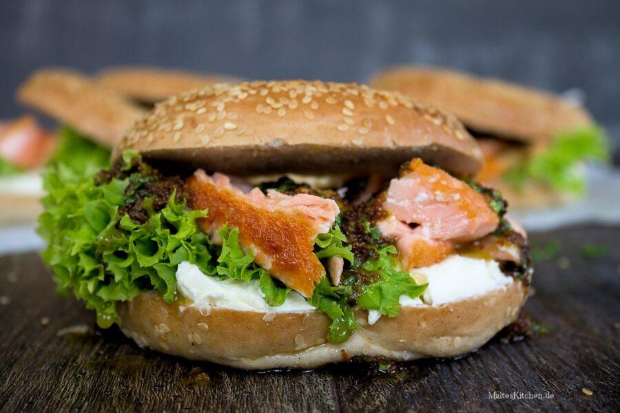 Rezept Bagel mit Lachs, Frischkäse und Honig-Senf-Sauce