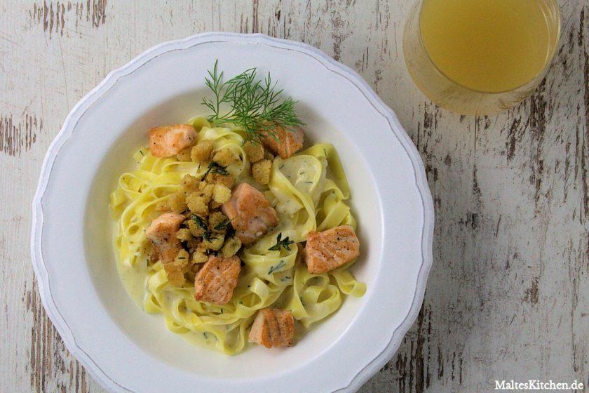 Rezept Tagliatelle mit Lachs in einer Weißwein-Sahne-Sauce