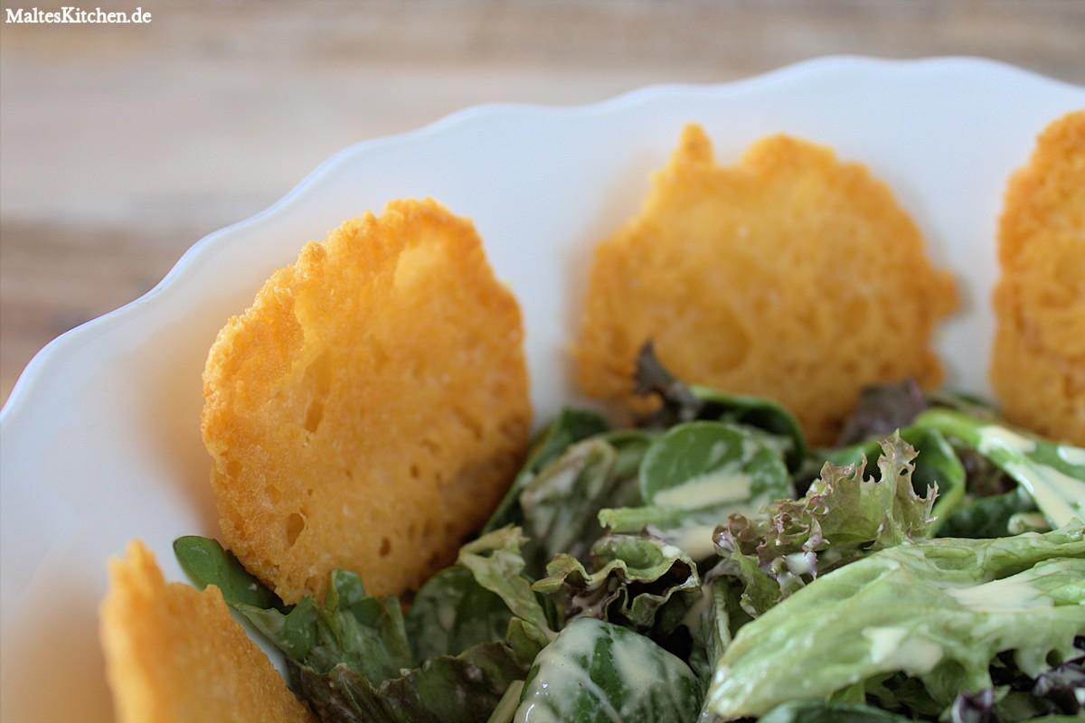 Rezept grüne Salate mit Parmesan-Croustillants nach Vincent Klink
