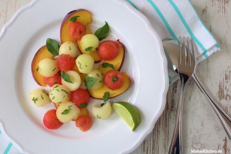 Rezept für einen Nektarinen-Melonen-Salat