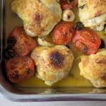 Gebackenes Hähnchen mit Tomaten & Oliven