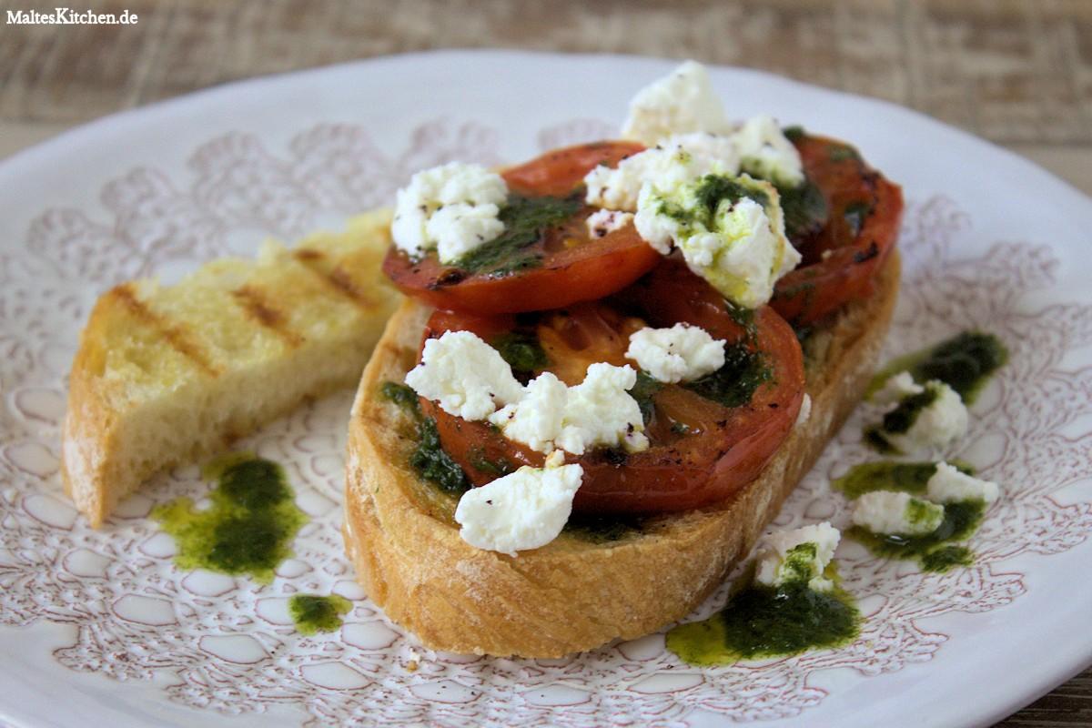 Rezept für Crotini mit gegrillten Tomaten und Ricotta
