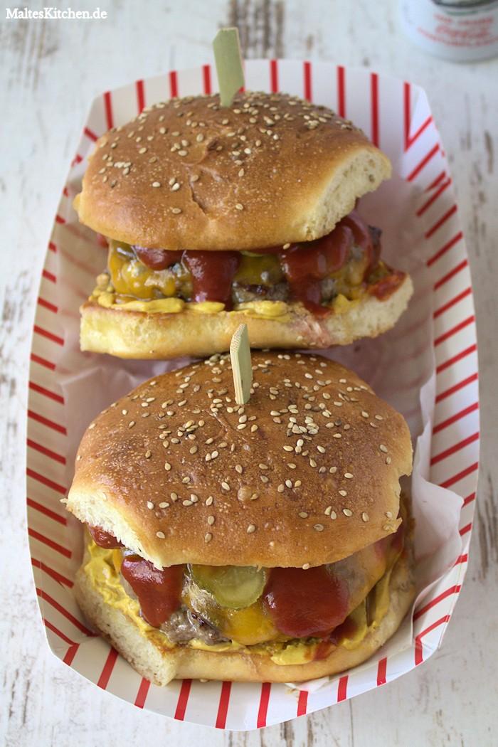 Leckere klassische Burger Buns für meinem Cheeseburger.