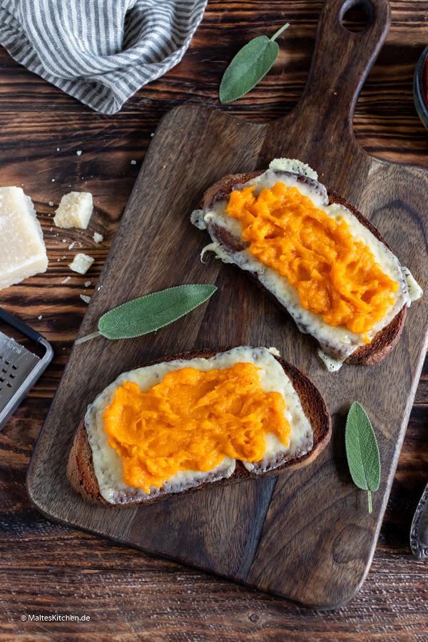 Ein superleckeres Sandwich mit Butternuss-Kürbis, Salbei,Parmesan und Ricotta