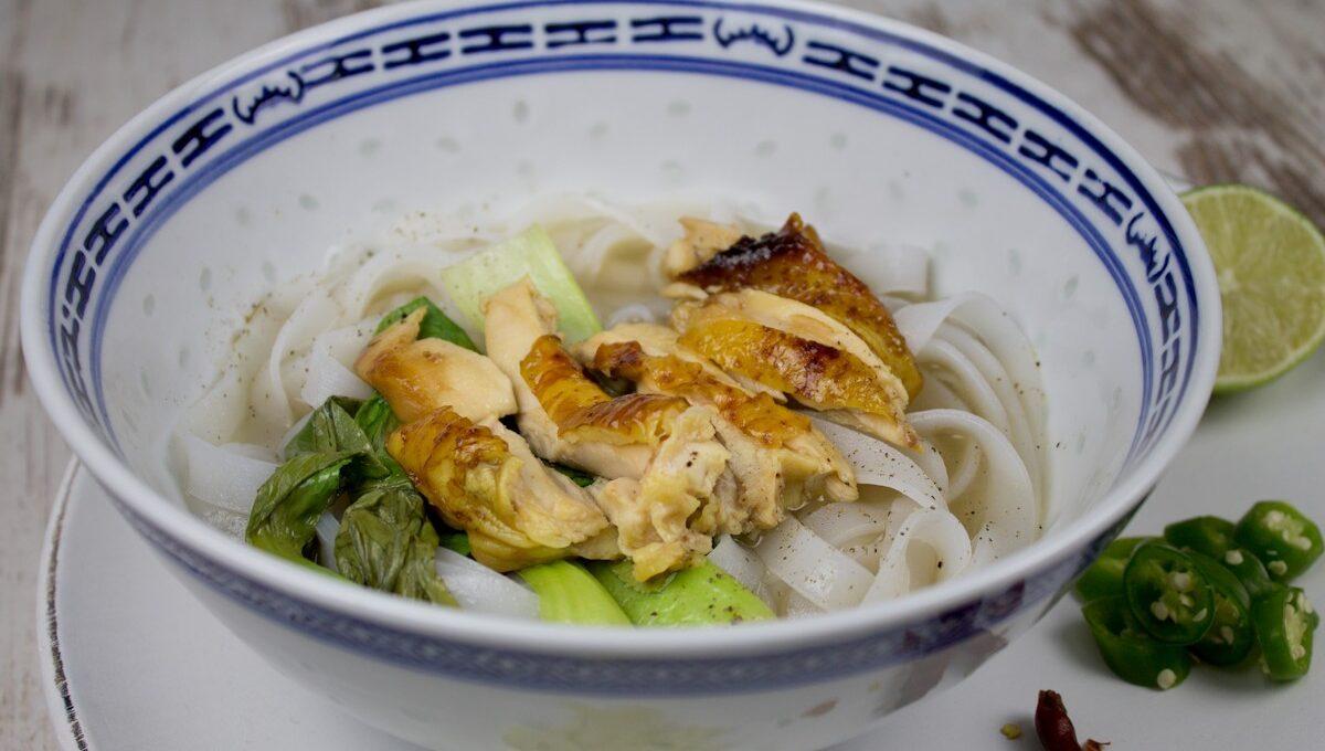 Rezept für eine vietnamesische Php Suppe mit Brathähnchen