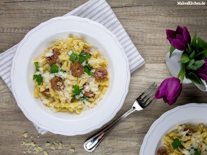 Eine schnelle und leckere Pasta mii Salsiccia und Fenchel