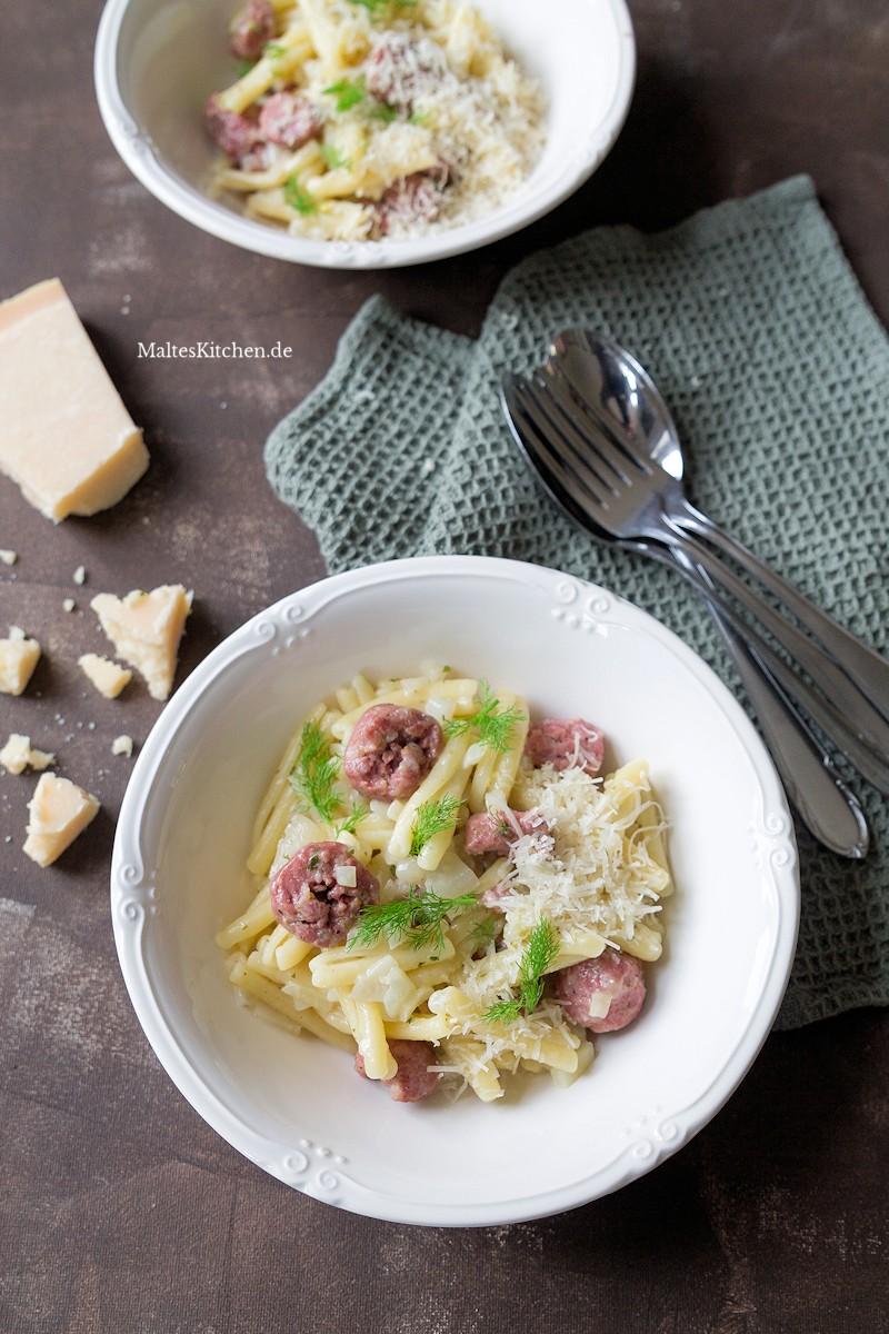 Nudeln mit Salsiccia und frischem Fenchel