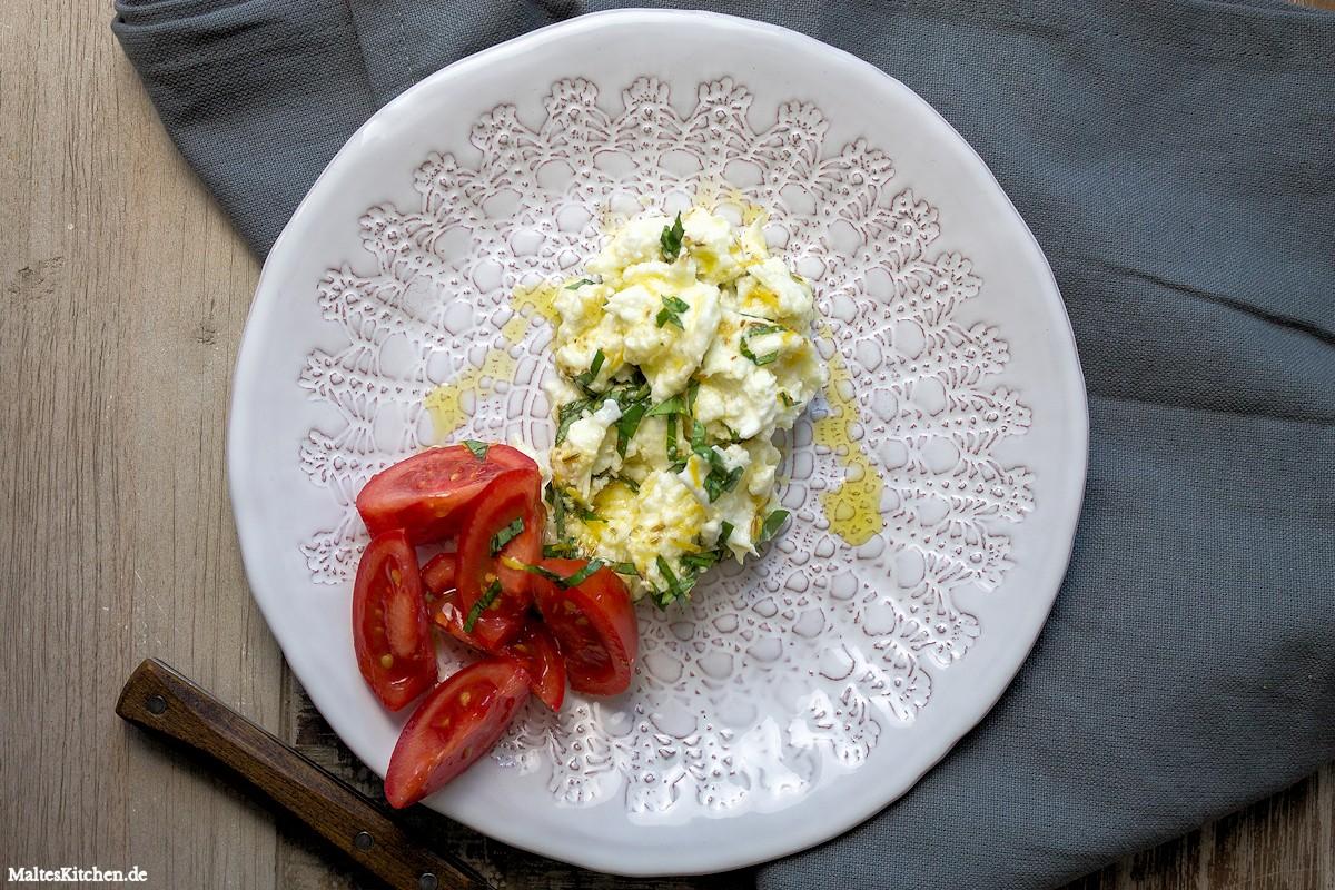 Rezept für einen marinierten Büffelmozzarella mit Tomaten