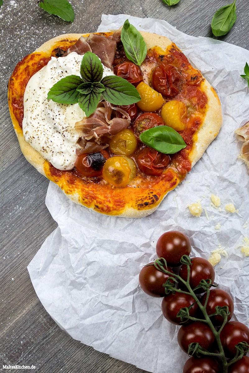 Meine neue Lieblingspizza mit Burrata & Parmaschinken