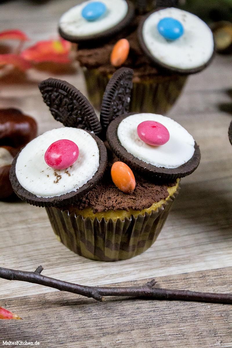 Eulen-Muffins mit Augen und Ohren