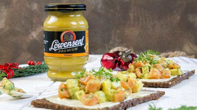 Rezept für ein weihnachtliches Tatar mit Lachs und Avocado