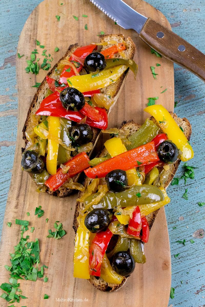 Geschmorte Paprikas süß-sauer