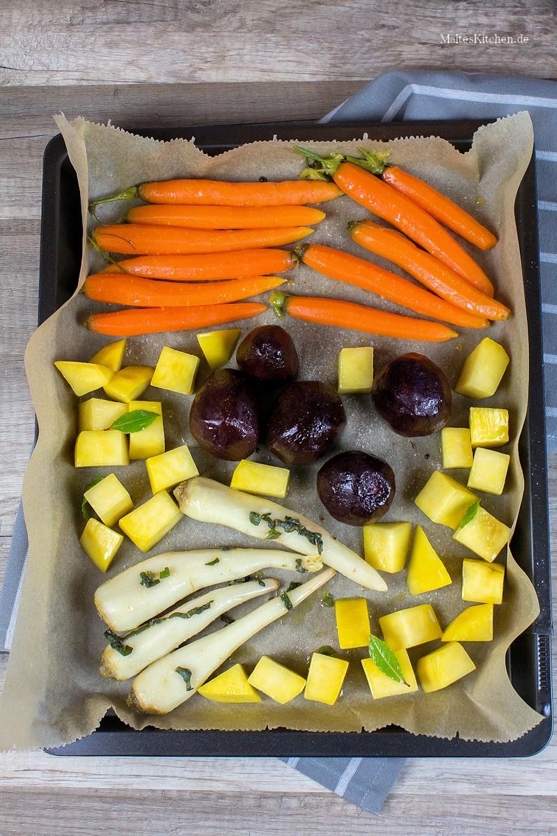 Das Gemüse wird im Ofen gegart
