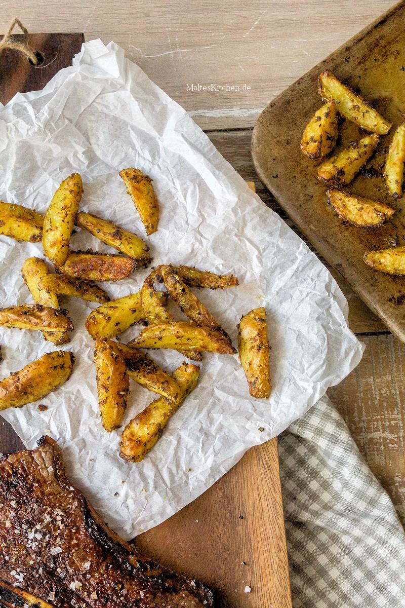Knusprige Cajun-Kartoffelecken