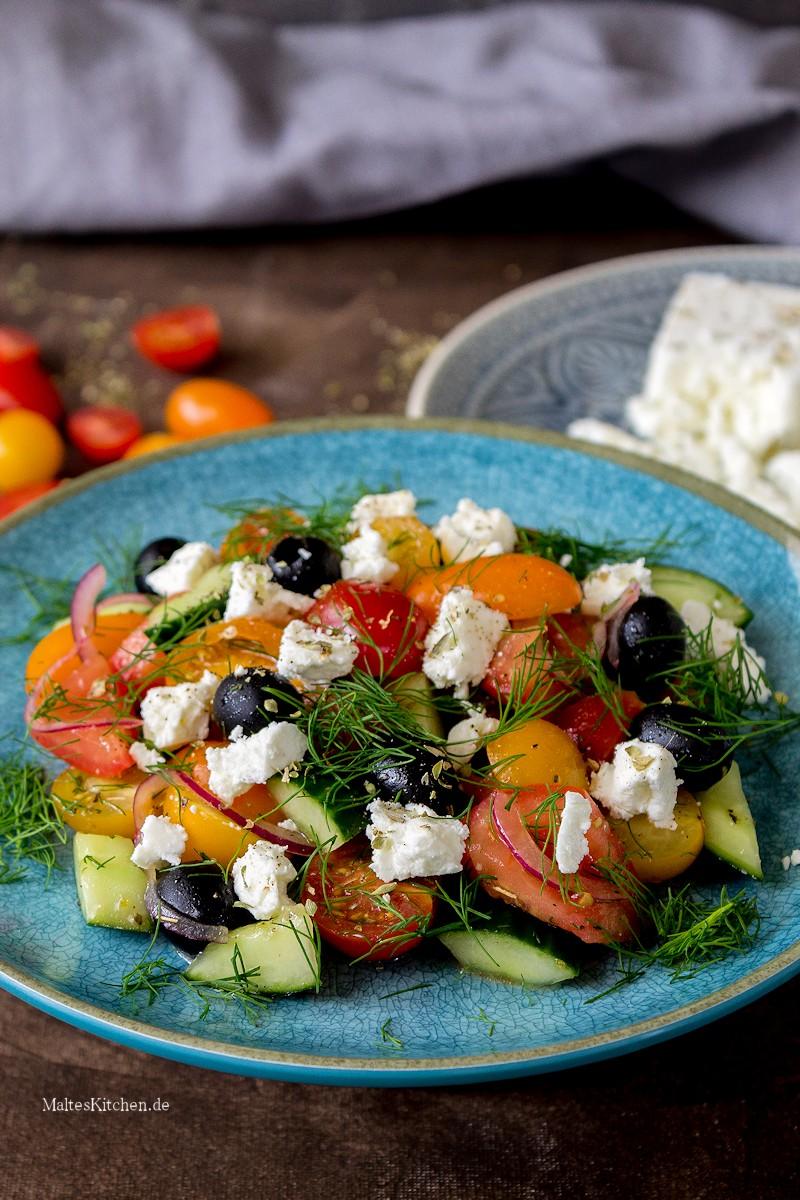 Leckerer Tomatensalat auf griechischer Art