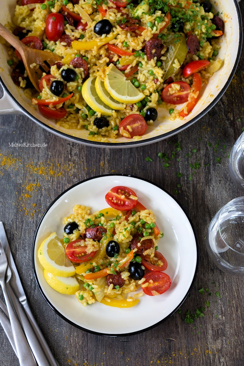 Gemüse Paella mit Chorizo