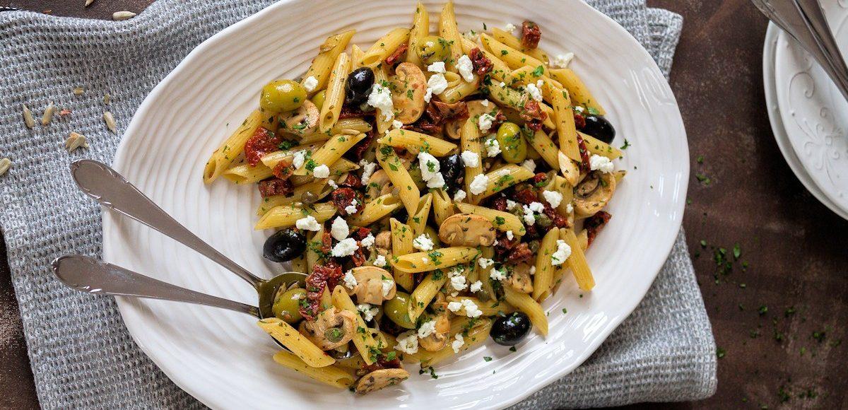Rezept Antipasti Salat mit Schafskäse