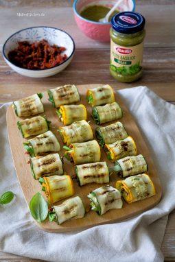 Leckere gefüllte Zucchiniröllchen