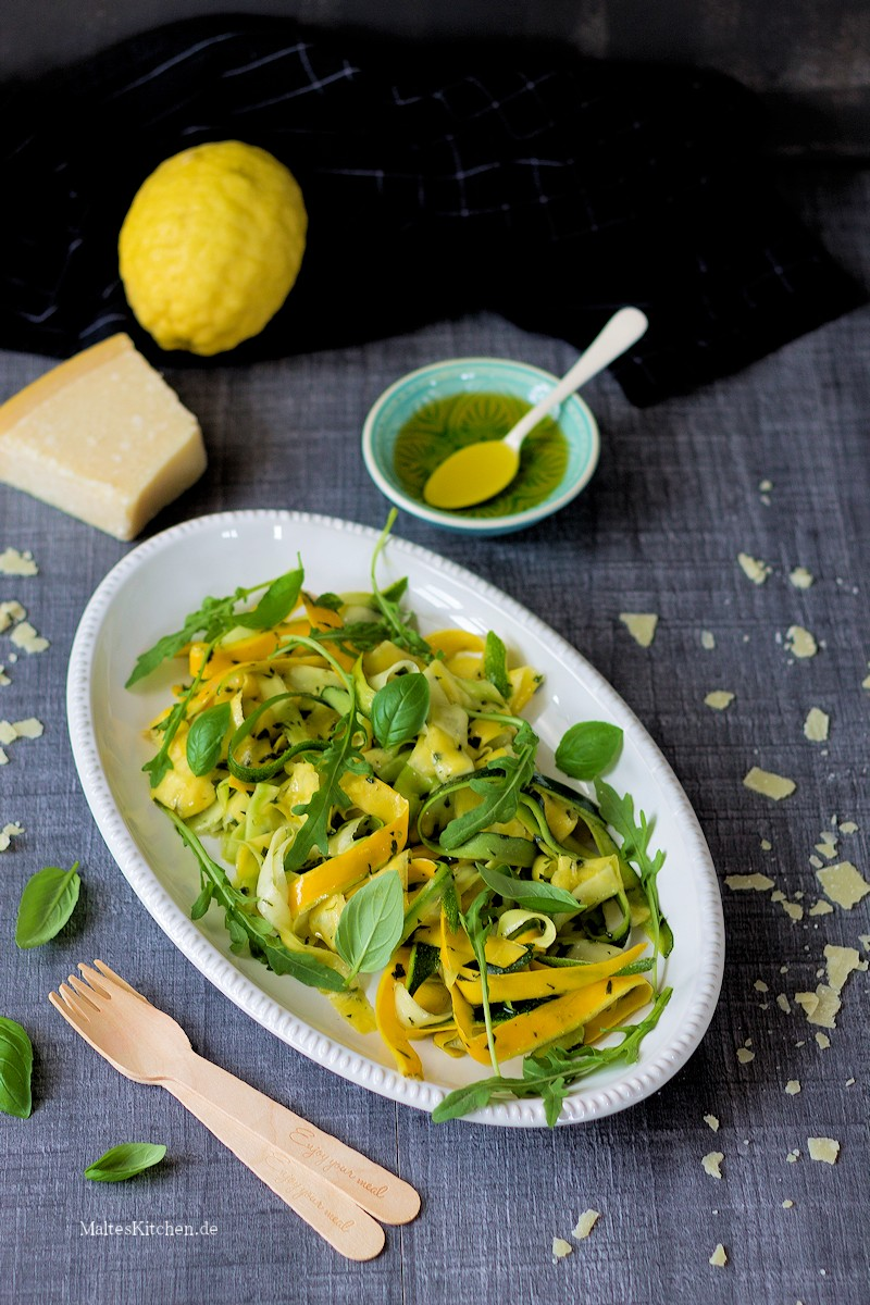 Zucchinisalat mit Minze
