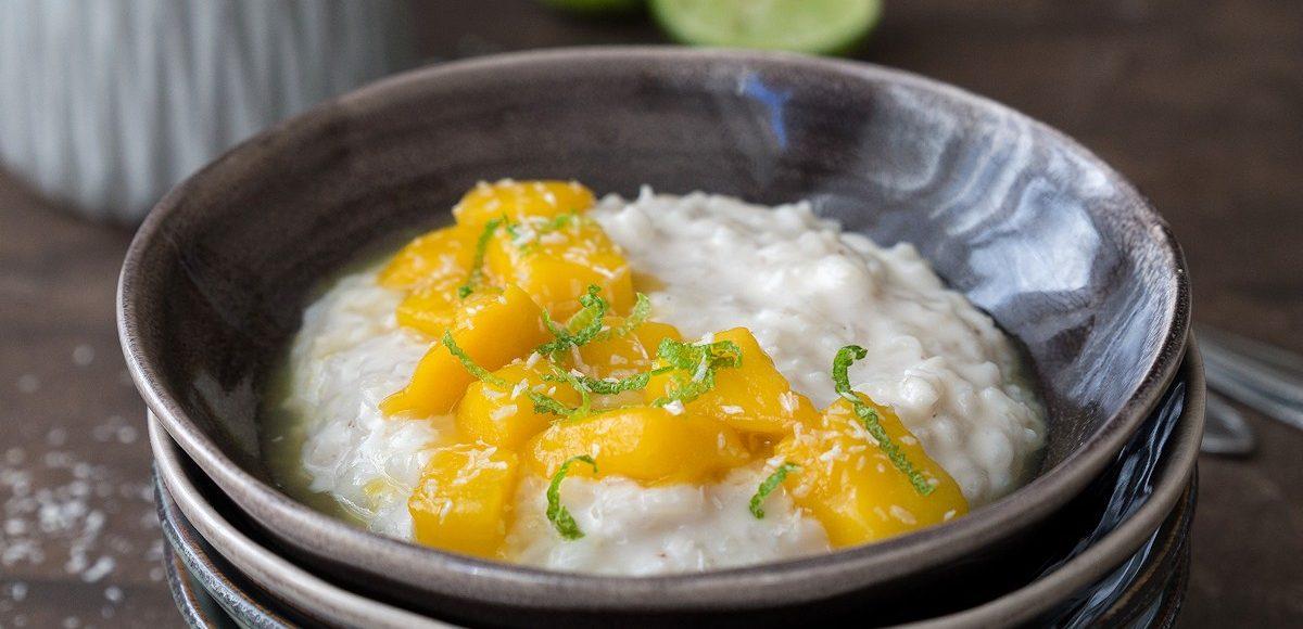 Cremiger Milchreis mit Kokos und Mango