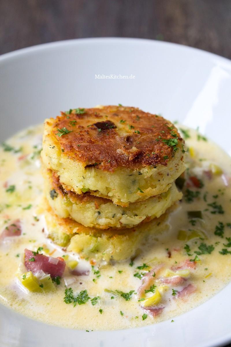 Kartoffel-Feta-Puffer mit Sauce
