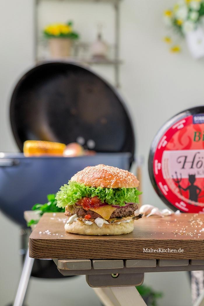 Beef-Burger mit Höllenkäse und Kräuterseitlingen