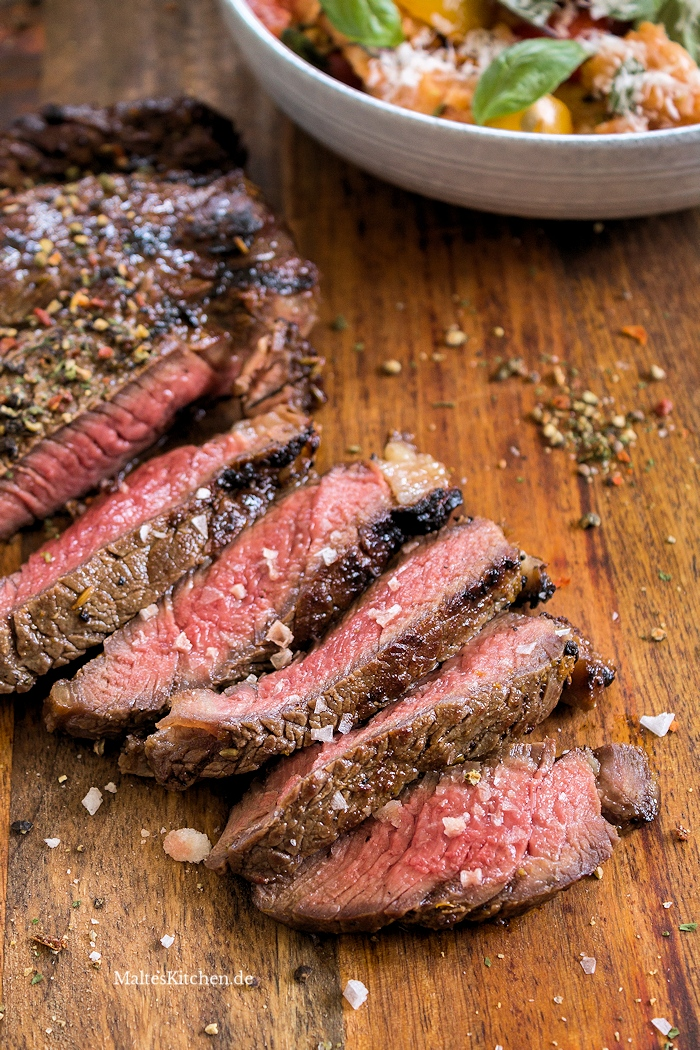 Gegrilltes Rib-Eye Steak mit Orangen-Fenchel-Rub