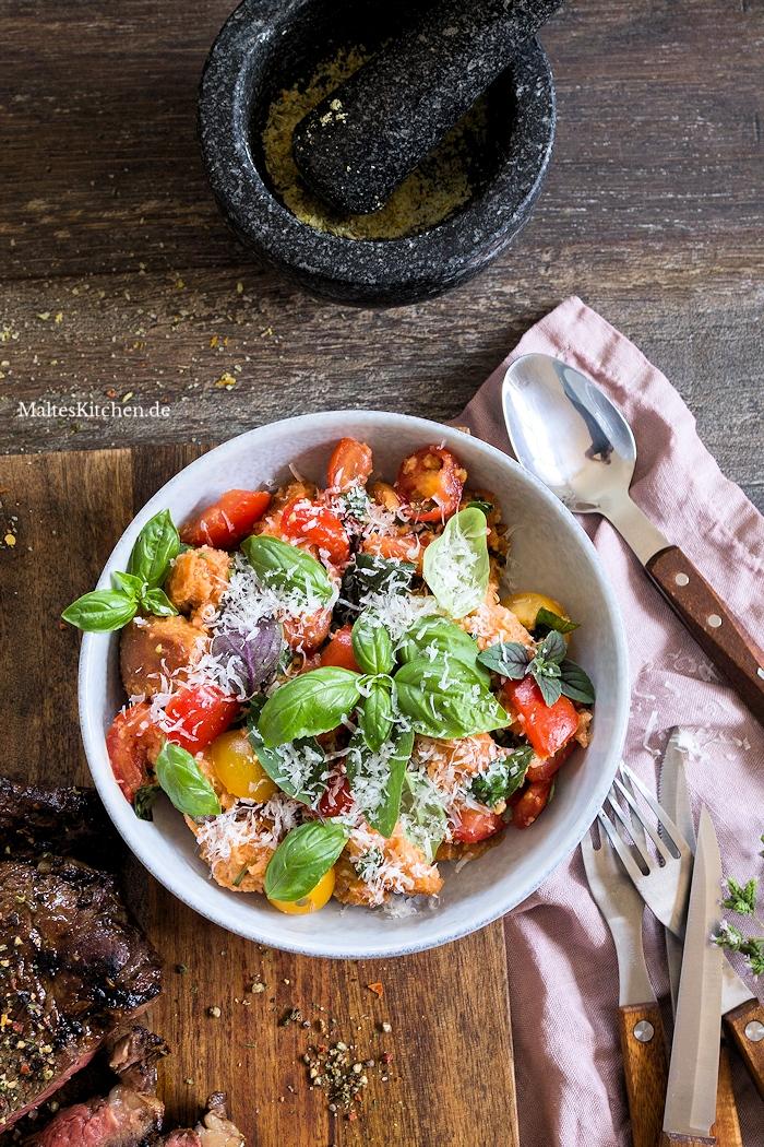 Toaskanischer Tomatensalat nach Jamie Oliver