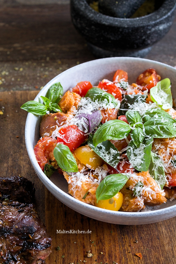 Toskanischer Tomaten-Salat mit Brot