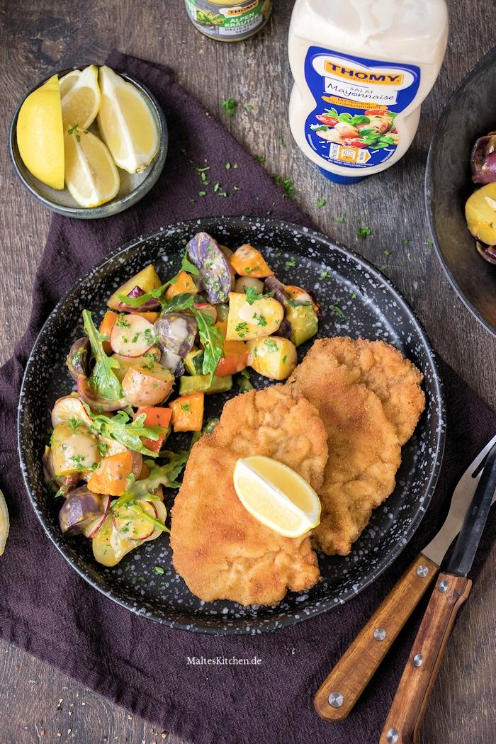Wiener Schnitzel, Kartoffelsalat und Bier