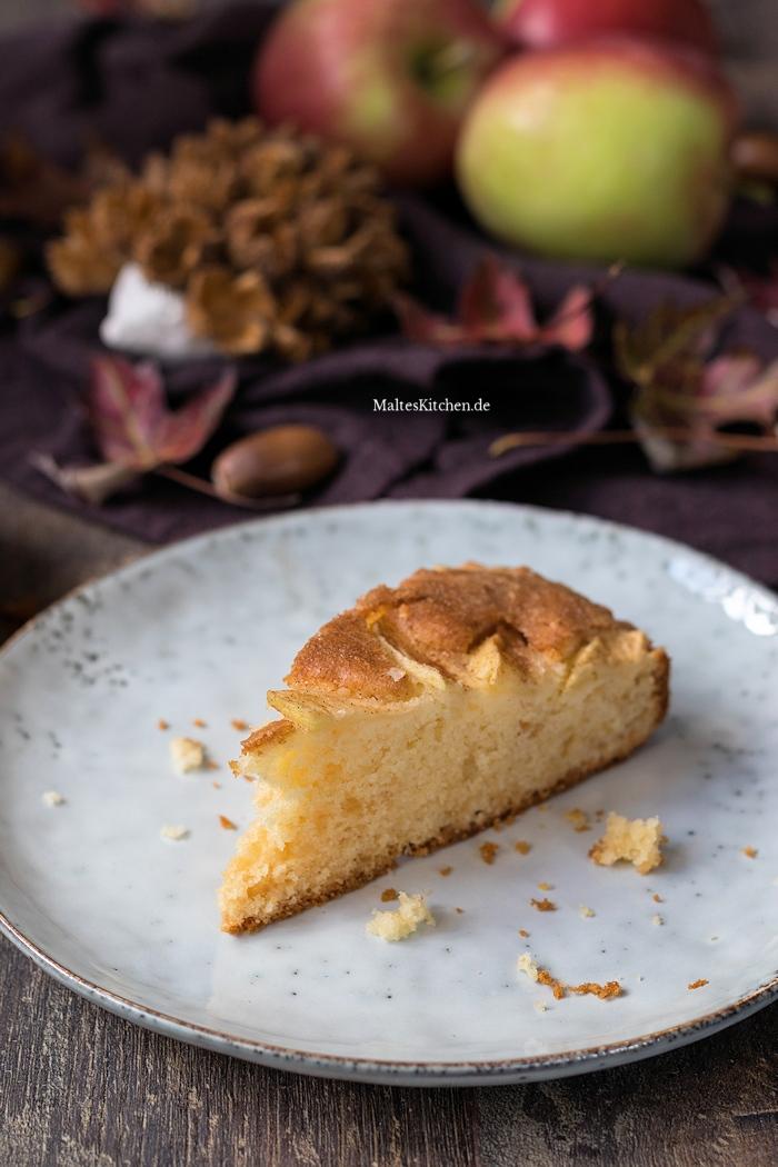 Leckerer Apfelkuchen mit Apfelblumen