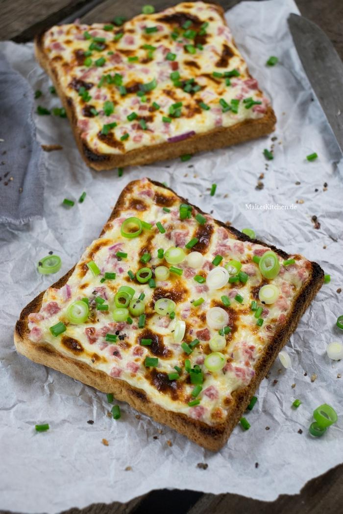 Leckerer Flammkuchen-Toast zum Frühstück