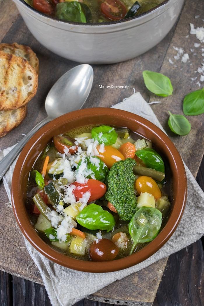 Leckere Minestrone di verdure
