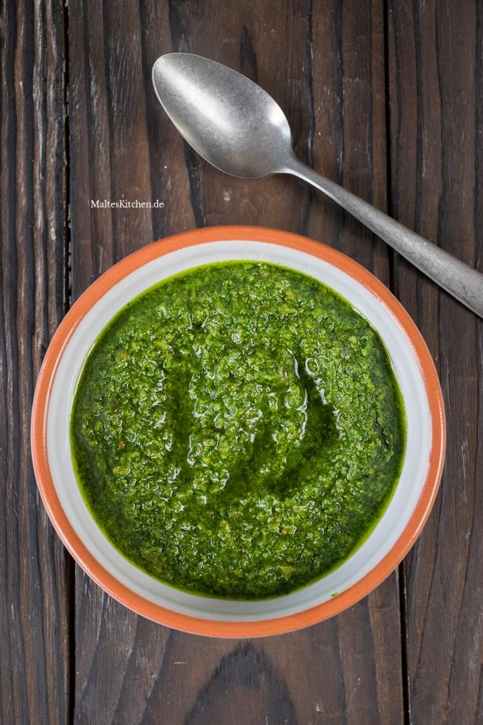Salsa Verde zur Minestrone